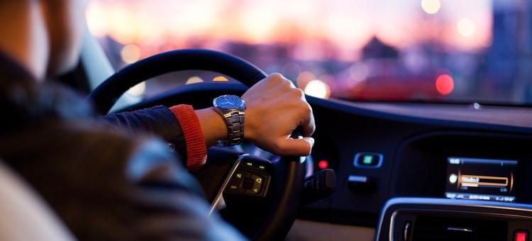 Arti Berbagai Istilah dalam Rental Mobil Lepas Kunci, Drop Off dan Pick and Drop, sumber unsplash