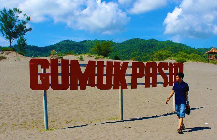 Gumuk Pasir Parangkusumo Yogyakarta, sumber ig heruguwangkancil