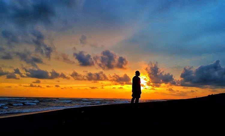 Pantai Depok Jogja, sumber ig agustinusbarway