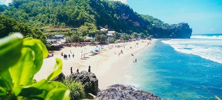 Pantai Pok Tunggal di Gunung Kidul, sumber ig _galiihhh