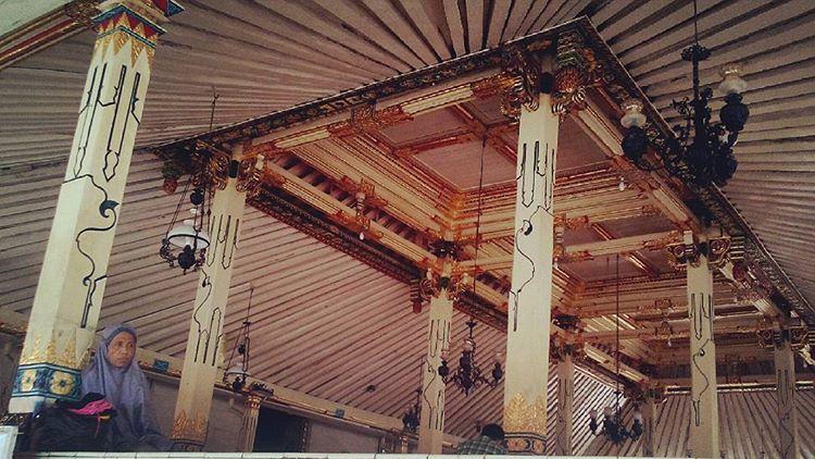 Teras Masjid Gedhe Kauman, sumber ig yuvatuning