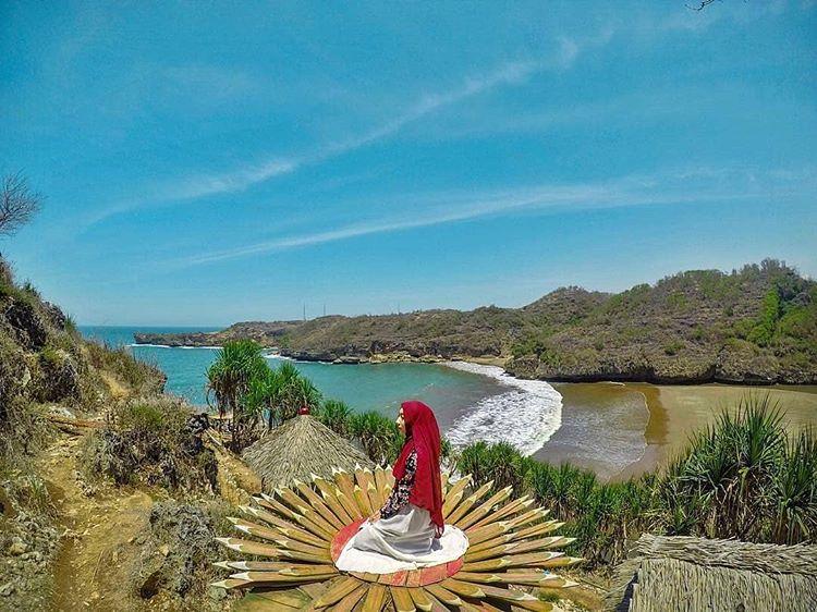 Pantai Baron Jogjakarta, sumber ig exoticgunungkidul