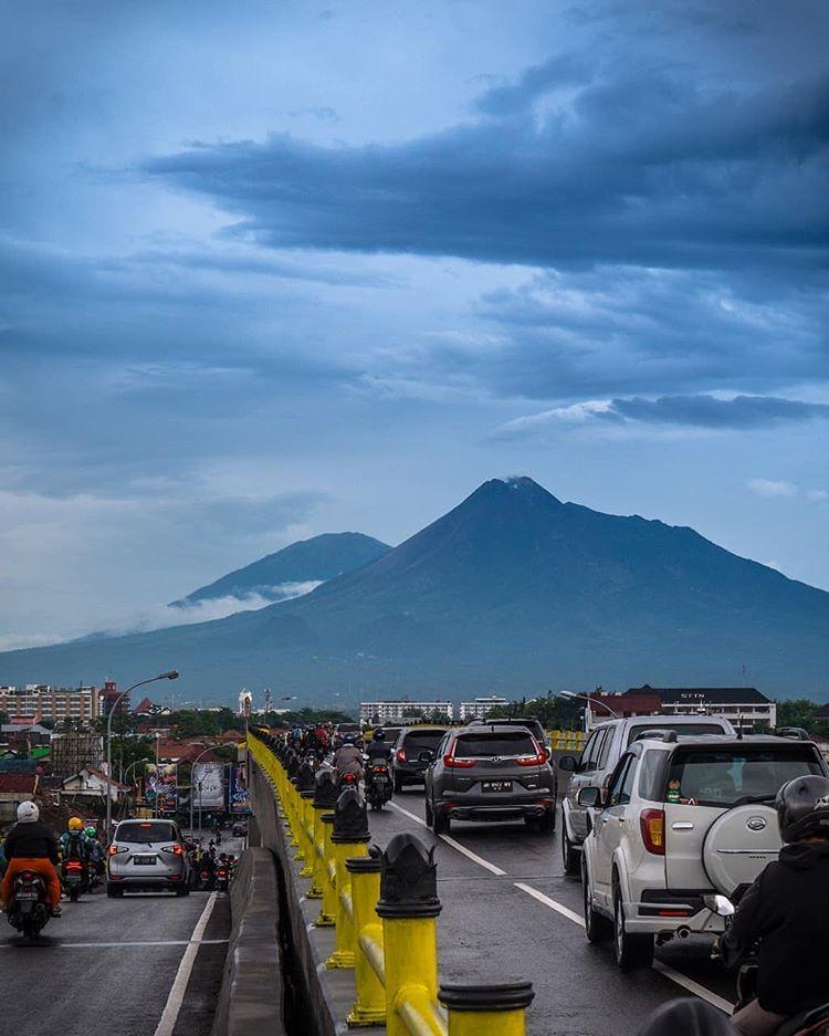 Menikmati Keindahan Wisata Alam Gunung Merapi Jogjakarta