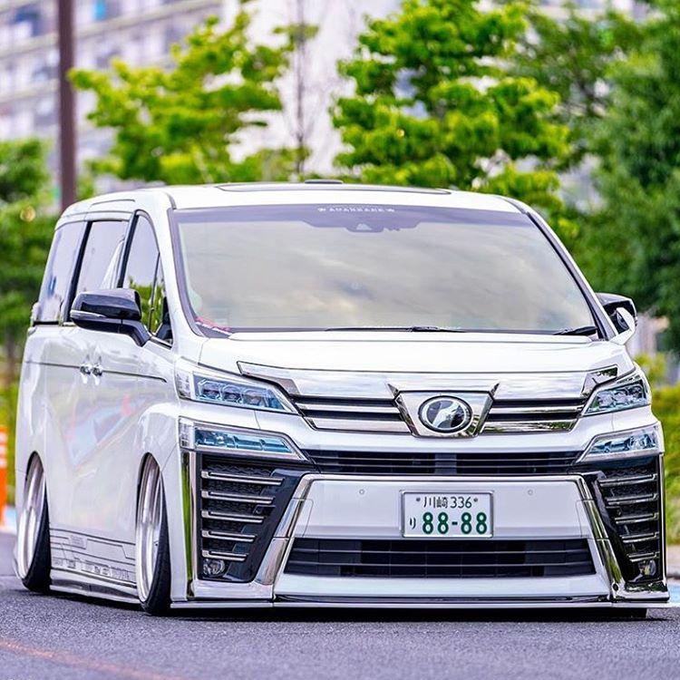 Toyota Alphard, sumber ig alphard_hero