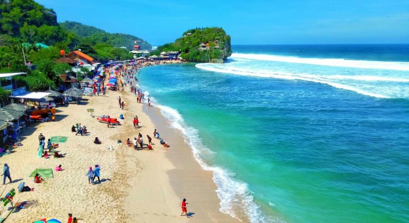 Pantai Indrayanti, sumber : Camera Wisata