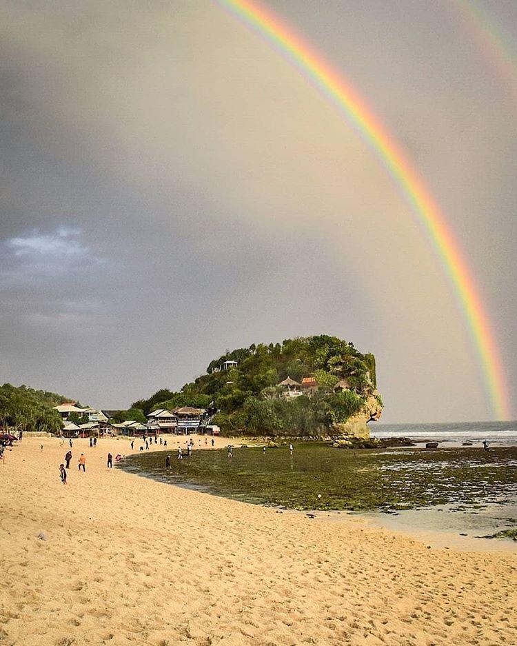 Pantai Indrayanti, sumber ig rentalkipasjogja