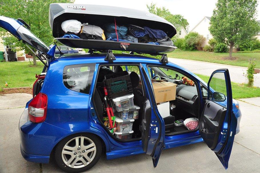 Membawa Barang di Mobil, sumber : Cintamobil.com
